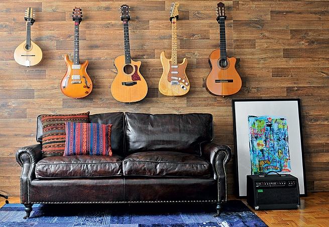 se trocar o sofá por um que vira cama, é uma ótima opção para o studio de musica virar quarto de hóspedes