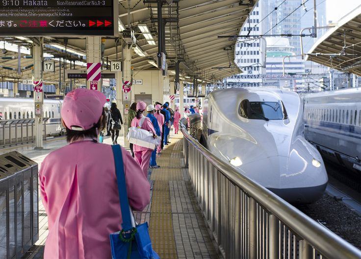 """Seven Minutes Miracle""-Japan's train-cleaning crews clean the Shinkansen in only seven minutes  (function(d, s, id) {   var js, fjs = d.getElementsByTagName(s)[0];   if (d.getElementById(id)) return;   js = d.createElement(s); js.id = id;   js.src = ""//connect.facebook.net/en_GB/all.js#xfbml=1"";   fjs.parentNode.insertBefore(js, fjs); }(document, ""script"", ""facebook-jssdk""));   Shinkansen is a network of high-speed railway lines in Japan operated by four Japan Railways"
