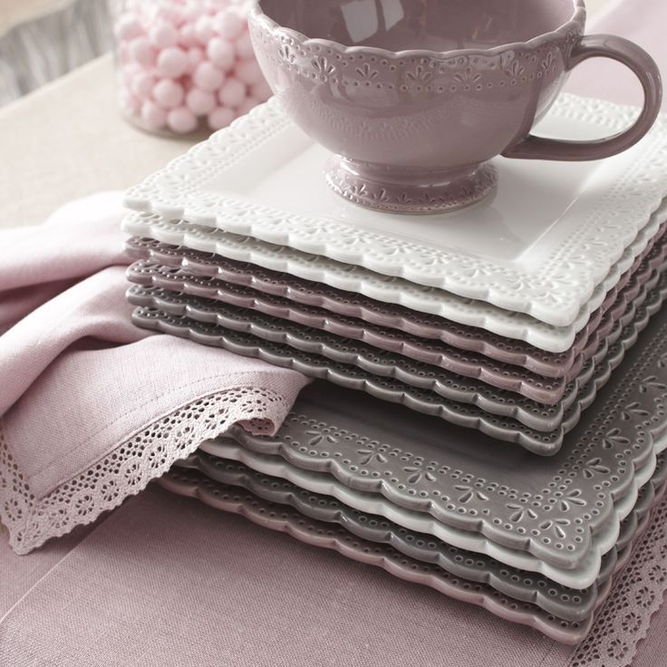 lace like square plates ~ maison du monde~ I saw dish ware similar to this today at target, so pretty