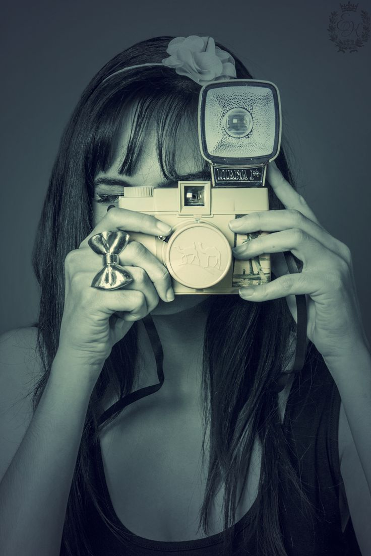 https://www.facebook.com/pages/evita-kyriakaki-photographer/424246265601