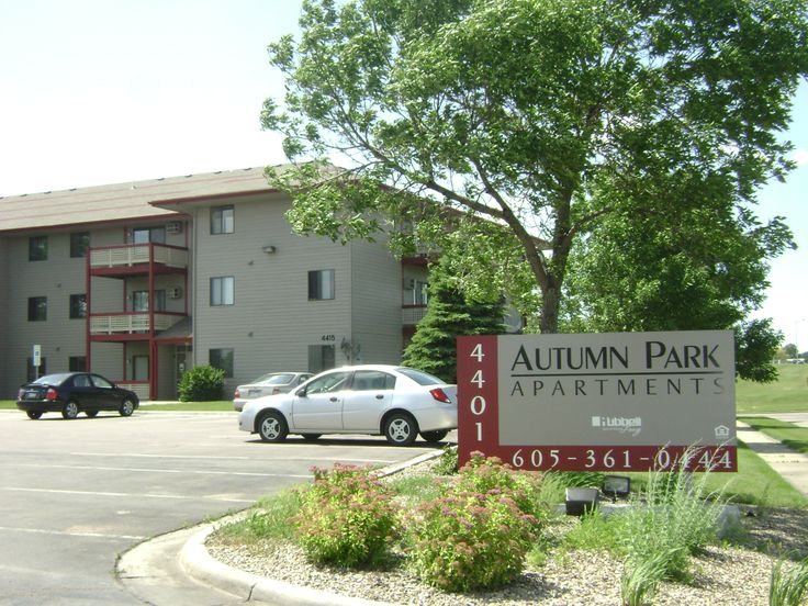 Live where you love to be! Autumn Park places you in the midst of exquisite shopping at The Empire Mall, fine dining and fabulous local entertainment. With easy access to I-229 and I-29, you can quickly reach your destination anywhere in the Sioux Falls metro within minutes. Not to mention walking paths and scenic parks, including Sertoma and Marion, are right in the neighborhood.  Autumn Park celebrates affordable living with your favorite features including private patios, dishwashers and…