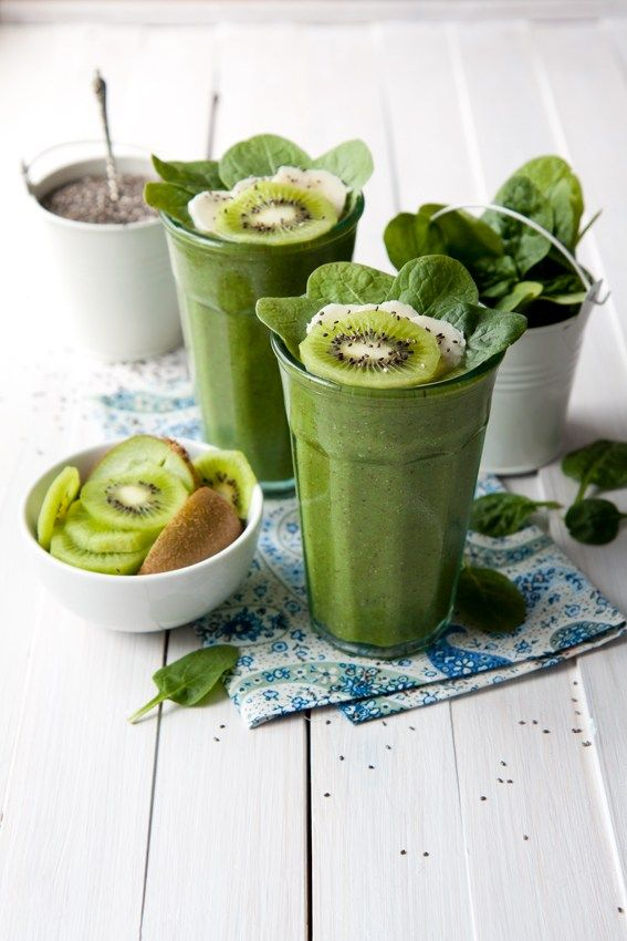 Kiwi and chia seeds smoothie is a green goodness smoothie. We have loads of spinach, kiwis, chia seeds, and bananas. Very green and very tasty