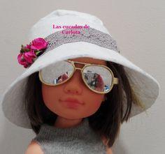 Hoy os presentamos un complemento imprescindible para la primavera, un patrón de sombrero para nuestra Nancy. En este caso está re...