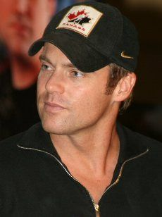 Michael Shanks of Stargate and Saving Hope. - Wearing Canadian Juniors cap!
