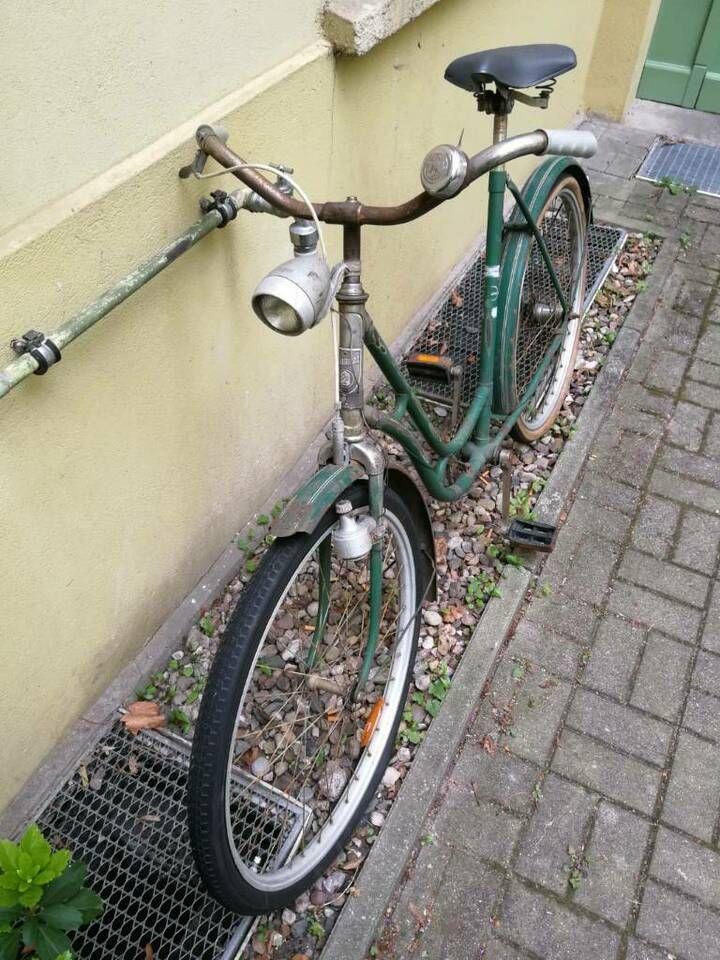 Diamant Fahrrad In Grun In Berlin Friedrichshain Fahrrad