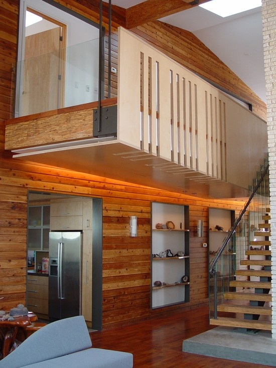Interior balcony railings with cathedral ceiling design for Indoor balcony railing