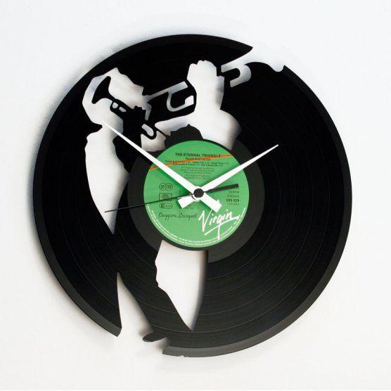 Ceas de perete pe disc de vinil - model Jazz