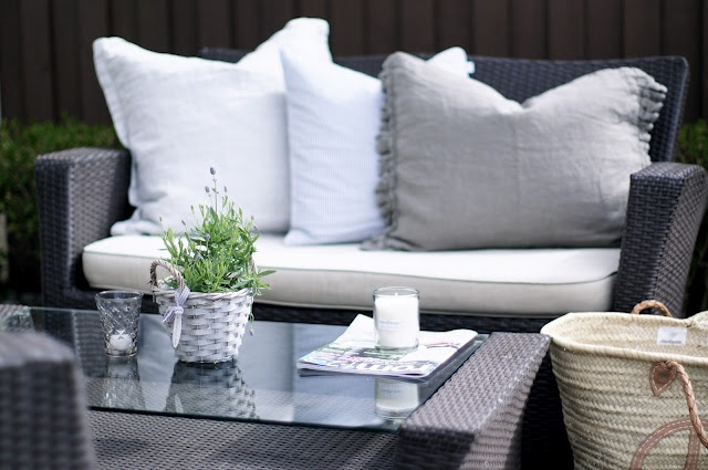 shades of grey, taupe and white for a garden sitting area