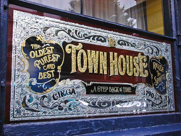 镇府酒吧«大卫·史密斯 - 传统装饰玻璃艺术家