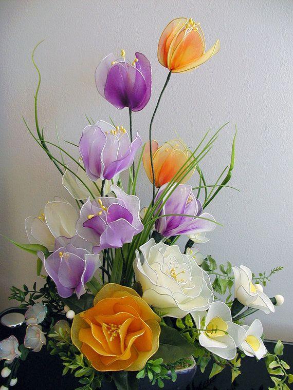 Handmade Colorful Flowers Arrangrment por LiYunFlora en Etsy