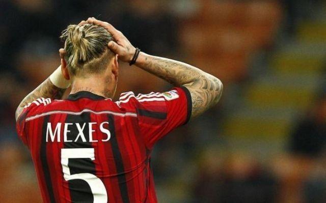 Infortunio Mexes, problemi al ginocchio: salta il Perugia Il difensore francese Mexes non è stato convocato per la sfida contro il Perugia per un problema al ginocchio Se il rientro di Menez può rappresentare un'ottima notizia in casa Milan, diversi indica #mexes #infortunio