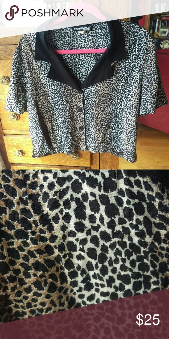 Leopard print button up top Leopard cheetah animal print short sleeve button up shirt.  *10% off on bundles! Offers on single items always considered* Punk rocker mod vintage rockabilly pinup 50s 1950s retro Shar Ade of California Tops Button Down Shirts