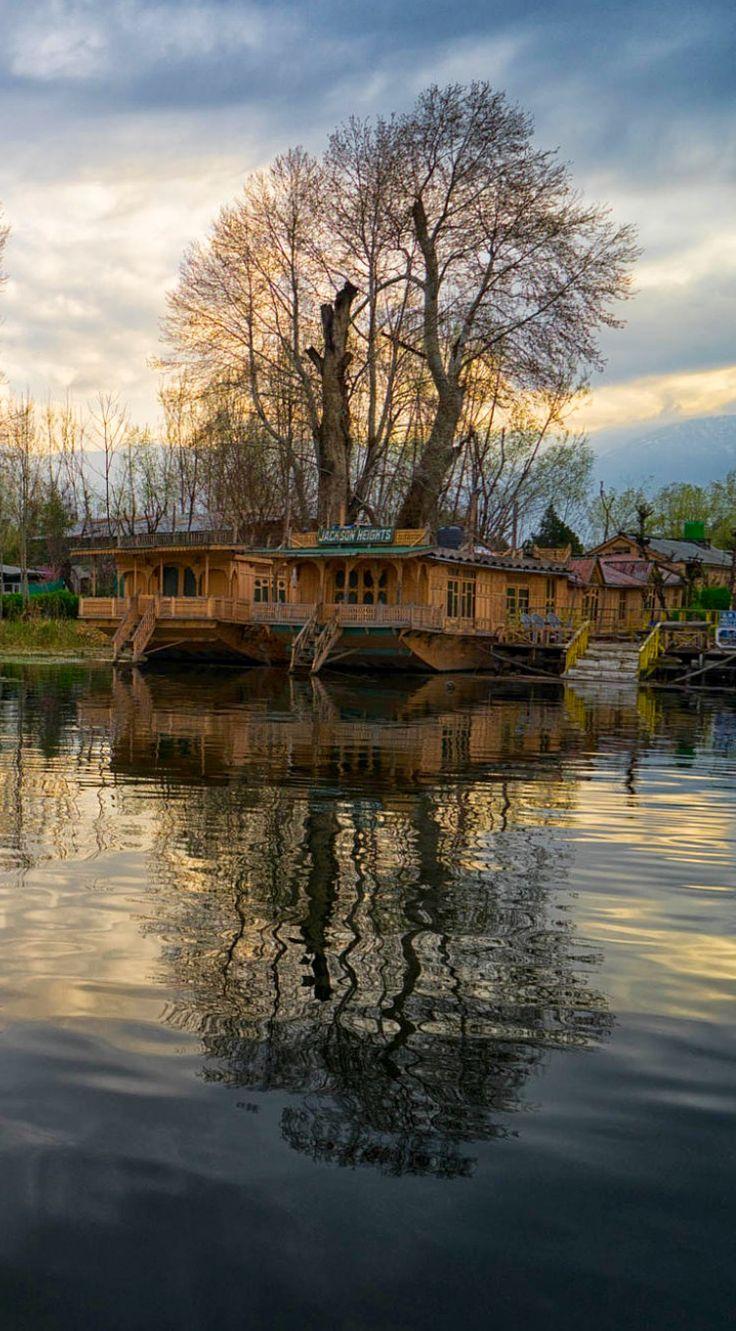 Srinagar Kashmir by enrico barletta