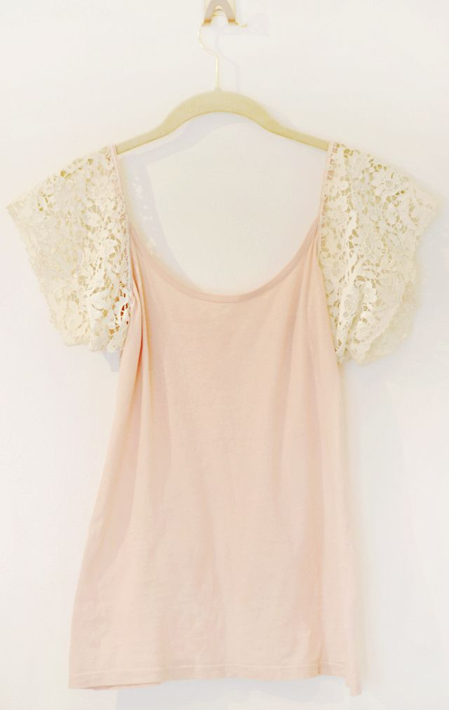 T-Shirt mit Spitzenärmel nähen aus Sommertop - Just add some lace sleeves to a tank top