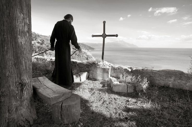 «Βλέπουν» διαφορετικά μέσα από τον φακό τους τις εικόνες του Αγίου Όρους, ένας Τούρκος, ένας Σέρβος, ένας Ρώσος, ένας Πολωνός φωτογράφος;