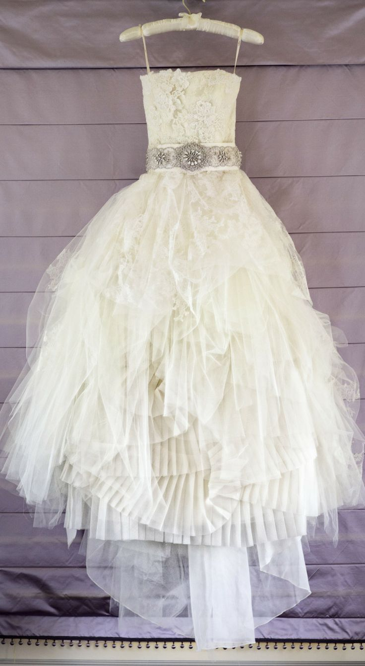 Vera Wang. 2014. #Wedding Dresses // Aisle Perfect