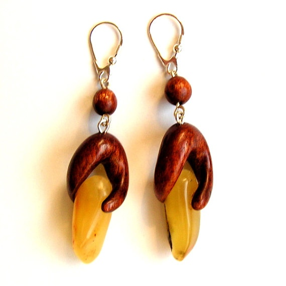 Hand carved earrings from natural milky baltic by AnetaMajzner, zł125.00