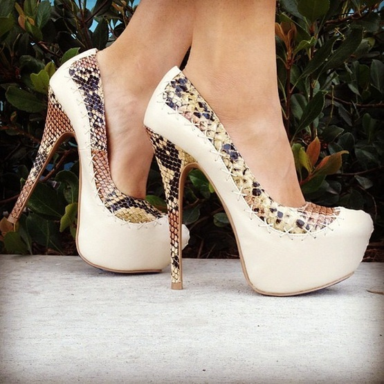 Liliana Paulette-22 Platform Pump .  Sale: $40.81 .  Click to Purchase: http://amzn.to/VXxw6u
