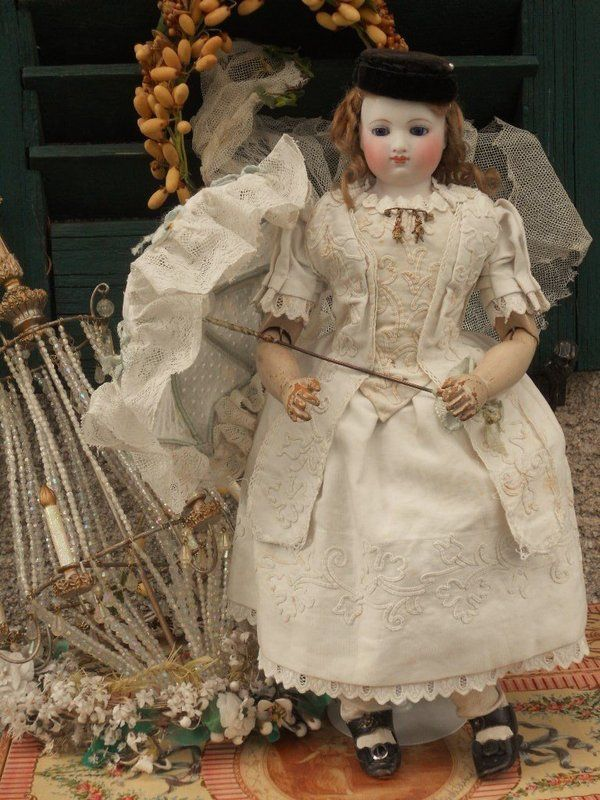 Marvelous Early French Poupee with Gorgeous Costume from ~ WHEN DREAMS CME TRUE ~ found @Doll Shops United http://www.dollshopsunited.com/stores/whendreamscometrue/items/1303675/Marvelous-Early-French-Poupee-Gorgeous-Costume #dollshopsunited