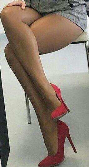 4d21e5a01 Pin de DANIEL en PIERNAS FEMENINAS | Piernas sexys, Bonitas piernas ...