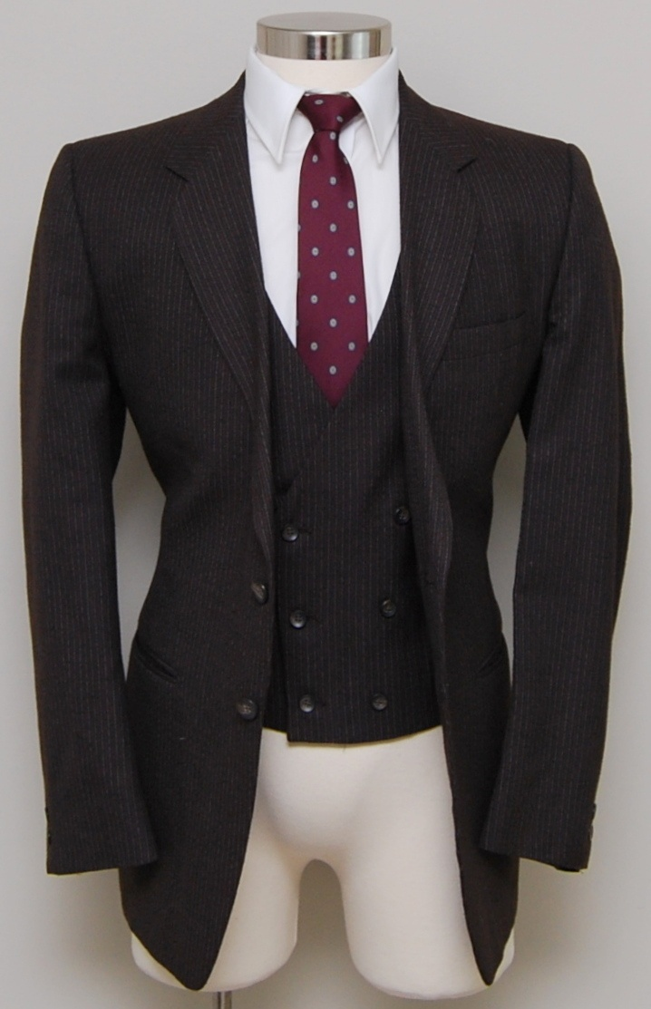 $64 VINTAGE MENS 43R HUGHES BROWN FLANNEL WOOL W PINSTRIPES SUIT JACKET