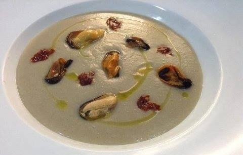 Aurora's Borlotti beans cooked in mussel water, mussels cooked in lemon steam and 'nduja, when she was at the Master di cucina italiana, which starts again on February 3rd