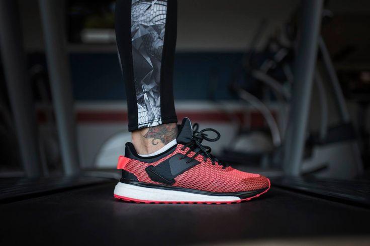 #Adidas Response 3 to buty przeznaczone do biegania po twardych nawierzchniach