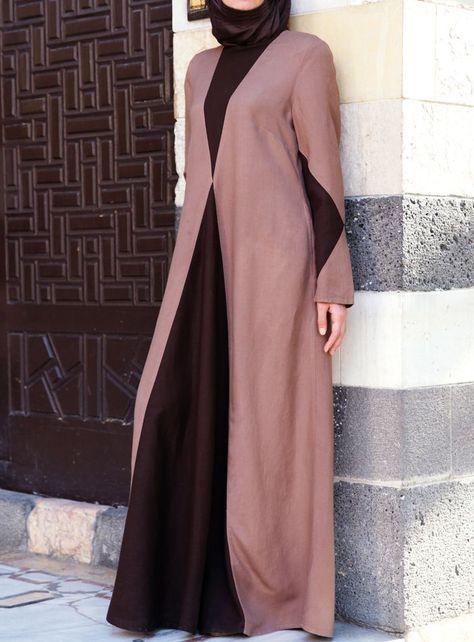 Hijab Fashion 2016/2017: Such a flattering yet modest design. Diamond Contrast Abaya from SHUKR USA  Hijab Fashion 2016/2017: Sélection de looks tendances spécial voilées Look Descreption Such a flattering yet modest design. Diamond Contrast Abaya from SHUKR USA