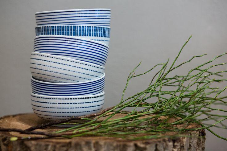 Bowls set with block stripes