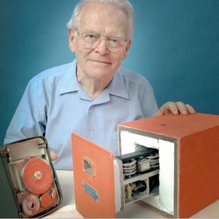 David Warren invented the black box recorder