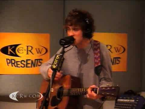 """MGMT performing """"Congratulations"""" on KCRW"""
