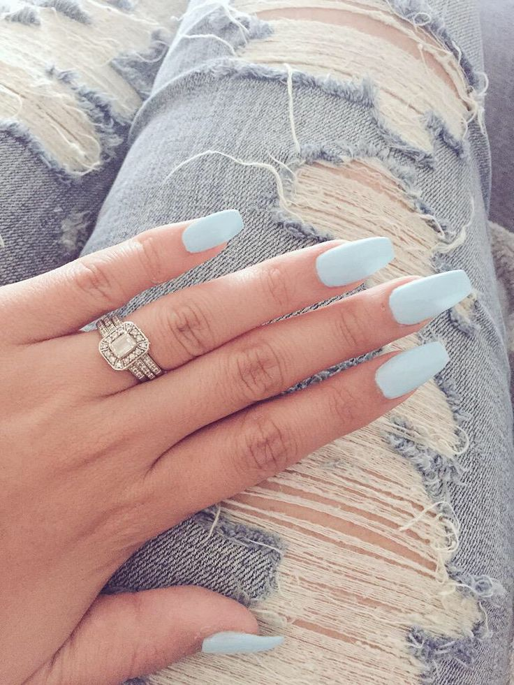 Ballerina/Coffin nails shape. Baby blue.