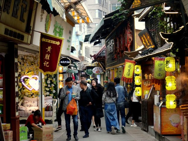 Xiamen, China: My Walking Lunch in Zeng Cuo An Village | Travel and Lifestyle Diaries Blog