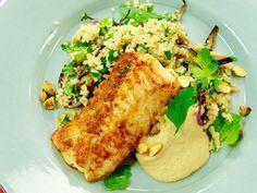 Varm couscoussallad med torsk och hemgjord hummus | Recept från Köket.se