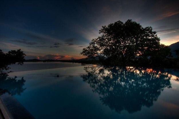 スリランカSwimming Pools, Srilanka, Beautiful, Sunris, Travel, Sri Lanka, Outdoor Design, Infinity Pools, Hotels