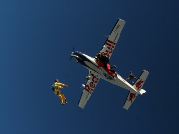 Skydiving with the redbull team in Cordoba, Argentina. Read more: http://bookthingstodo.com/argentina/cordoba/skydiving
