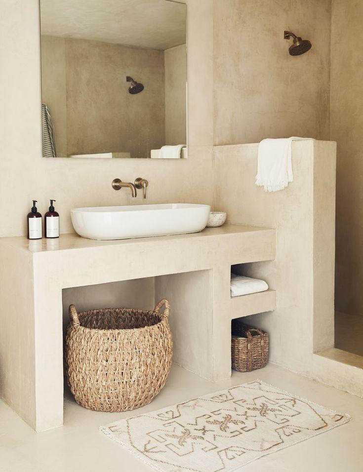 Evet Rug In 2020 Bathroom Interior Design Spanish Style Bathrooms Bathroom Interior