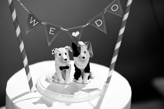 Adorable custom dog cake toppers from Amy & David's modern, Chinese-American Virginia wedding by Aubrey's Photography