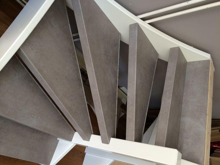 Nieuw decor Beton grijs in de collectie van Stairz trap Renovatie