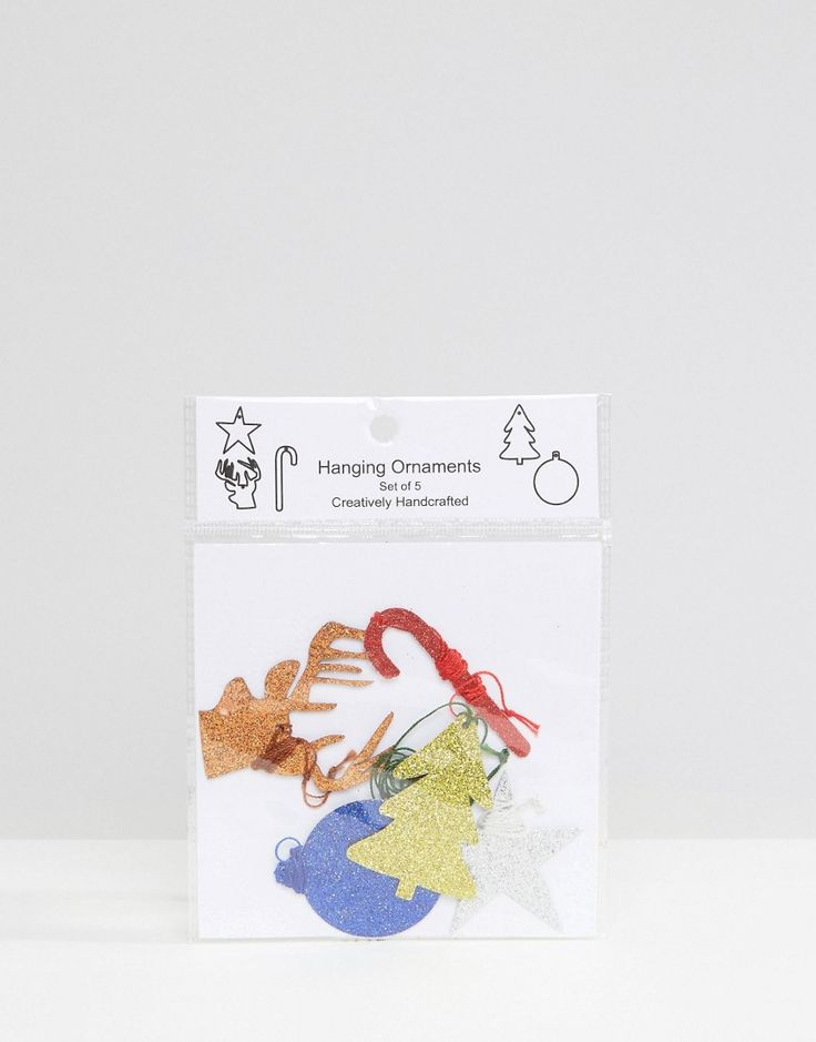 ¡Cómpralo ya!. Pack de adornos para el árbol de navidad de Monki. Christmas tree decorations by Monki, Pack de cinco, Adornos para colgar con purpurina, Cierres con cordón fino, Diseños en contraste, 100% papel. ACERCA DE MONKI If you're all for personality and expression then Monki is the one for you. Known for its street-style-meets-Scandi-chic design and super-fun story-based store concepts, Monki grabs bold, brash colours and a whole lot of prints and patterns before playing them out...