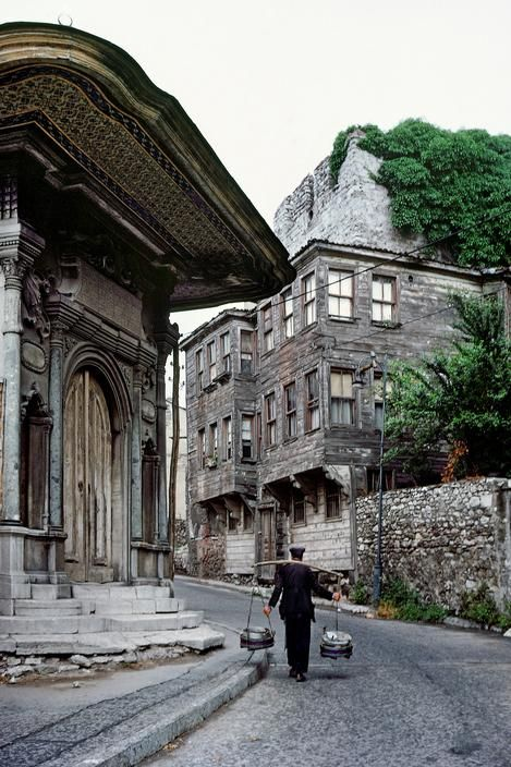 Sultanahmet, Istanbul, 1970.  [Credit:Ara Güler]