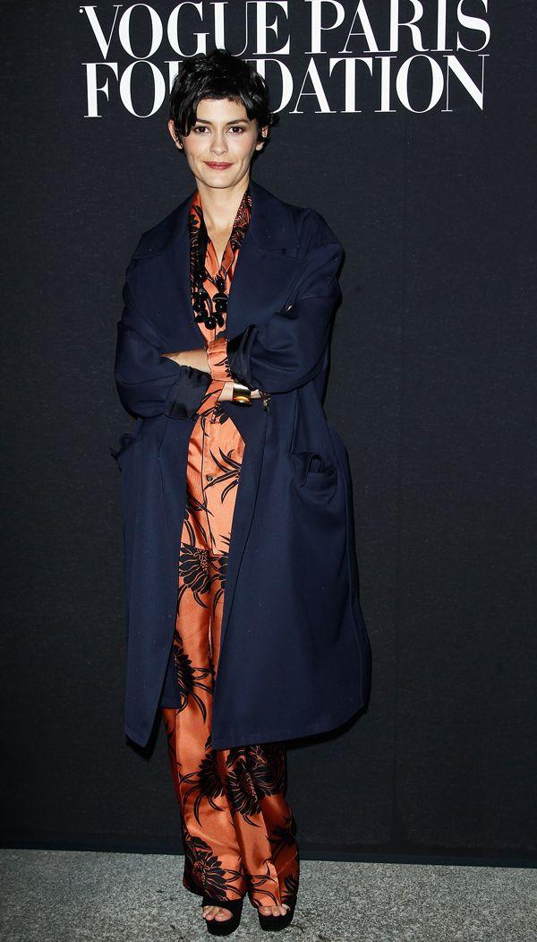 #Audrey Tautou , invitata alla #Vogue Paris Foundation Gala Dinner al Palais Galliera ha scelto di indossare un pigiama di seta di #Pradahttp://www.sfilate.it/229451/audrey-tautou-gala-dinner-in-pigiama-seta