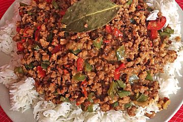 Veganes Soja-Geschnetzeltes mit Erdnusssauce (Rezept mit Bild) | Chefkoch.de