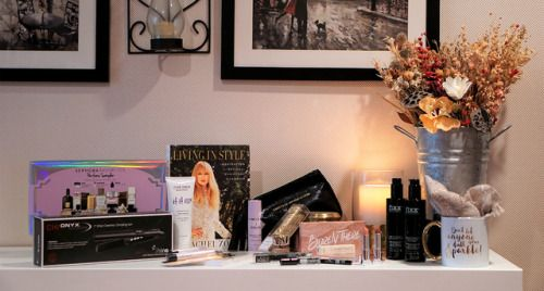 Win The Living in Style Luxury Makup & Beauty Giveaway