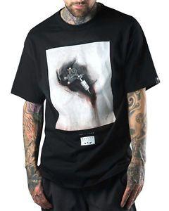 Sullen-Kleidung-Shawn-Barbier-Herren-T-shirt-Schwarz-Tattoo-Maschine-Gotik