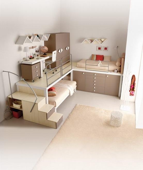unique teenage room... I like it but I would probably hurt my head alot!!! :P