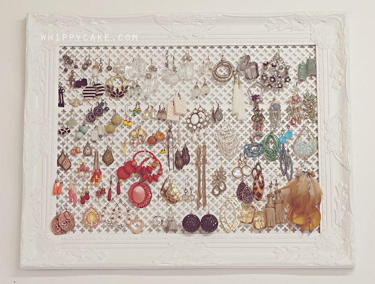 Earring organization - display your jewels - click photo for DIY instructions