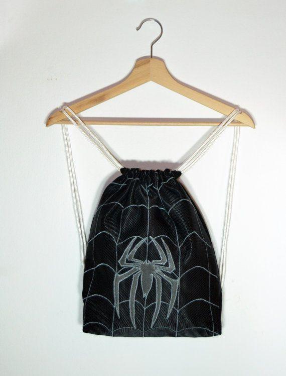 Mochila hecha a mano de Spiderman Negro. Pelicula por DungeonOfGeek