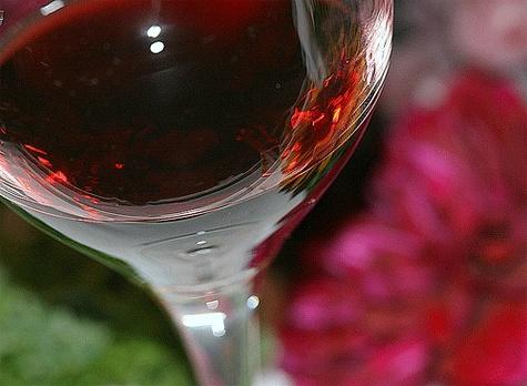 Copa vino. Una copa de vino tinto.