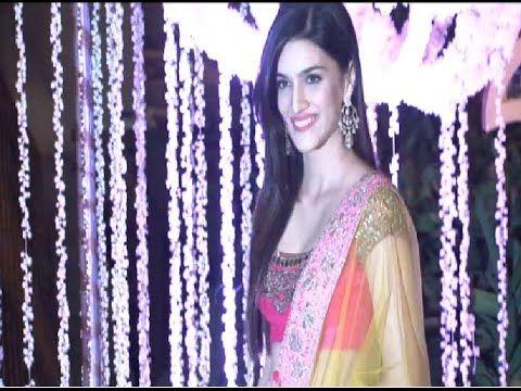 Kriti Sanon at Manish Malhotra's niece Riddhi Malhotra's wedding reception.